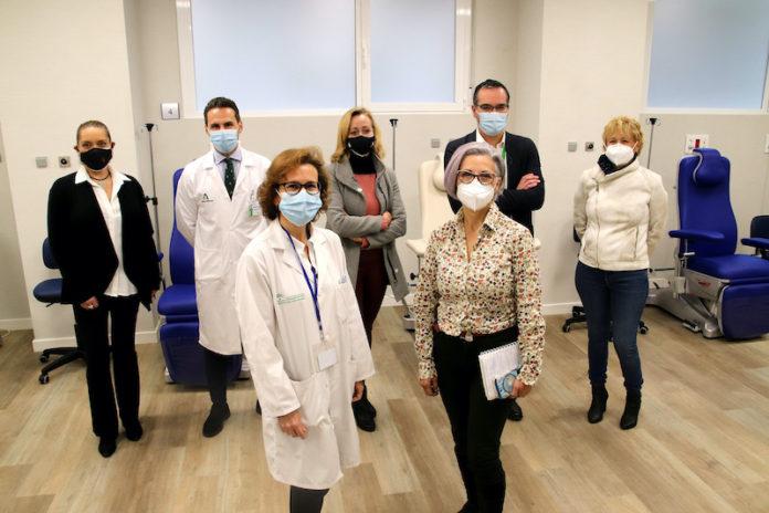 Asociaciones de pacientes visitan las nuevas instalaciones del Hospital de Día Oncohematológico del Macarena