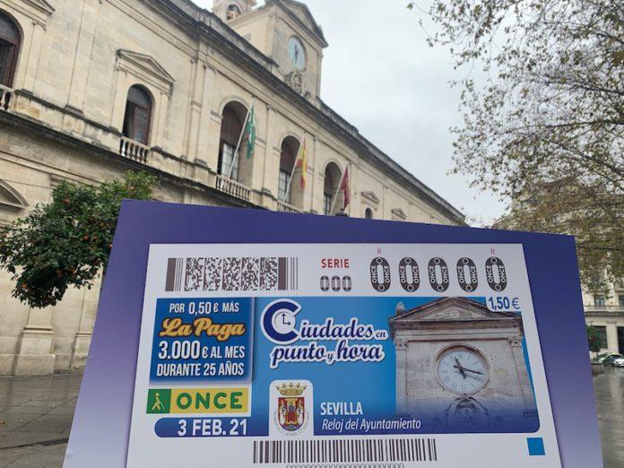 El reloj del Ayuntamiento de Sevilla se asoma al cupón de la ONCE