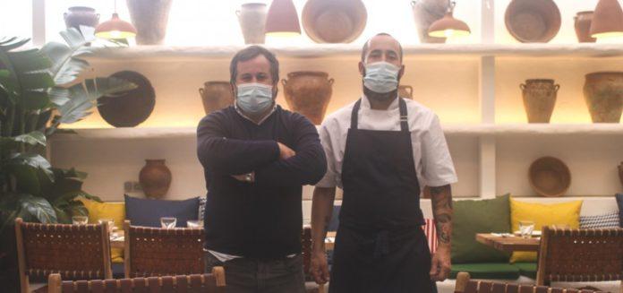 El grupo Ovejas Negras abre en Tomares 'Delacruz', su primer restaurante fuera de Sevilla capital
