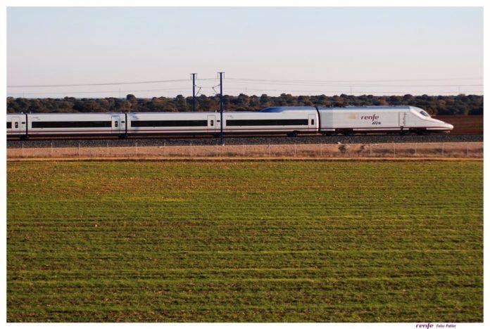 Adif licita la renovación de traviesas en la línea de alta velocidad entre Madrid y Sevilla