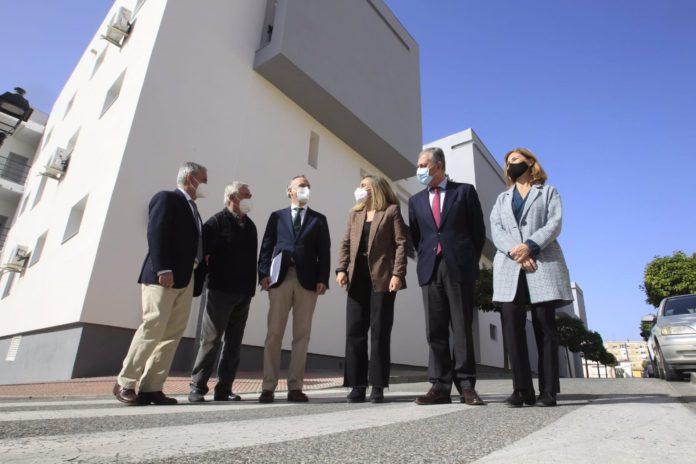 Finaliza la rehabilitación energética de las 30 viviendas en alquiler social en 'La Cepa' de Tomares