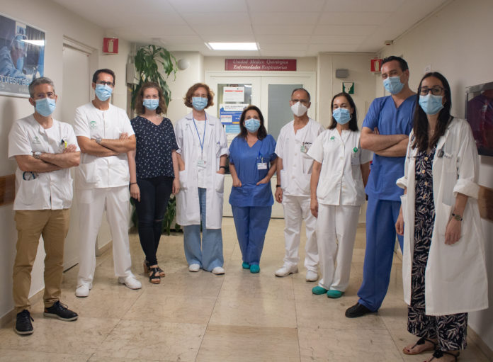 El Virgen del Rocío atienda a más de 500 pacientes en la unidad para el seguimiento respiratorio de la COVID
