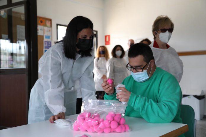 Visita a los servicios de Paz y Bien en Alcalá de Guadaíra