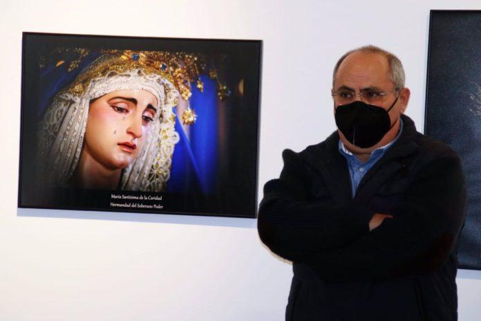 Alcalá muestra su 'Devoción' a la Semana Santa con una exposición fotográfica