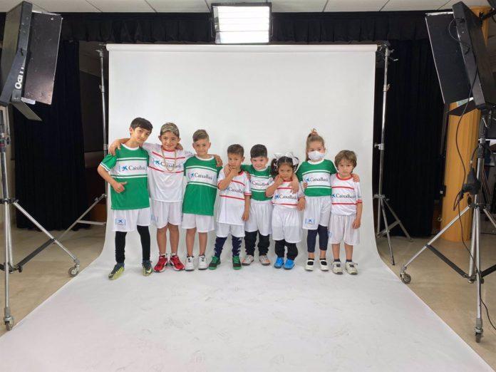 Niños de la Fundación Alalá se fotografiarán virtualmente con sus ídolos del derbi
