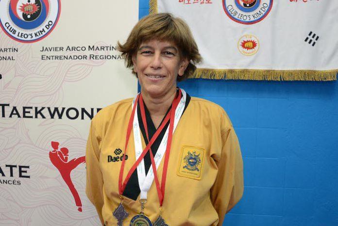 La taekwondista tomareña María José Ramos, campeona de Andalucía en categoría Poomsae Máster 2