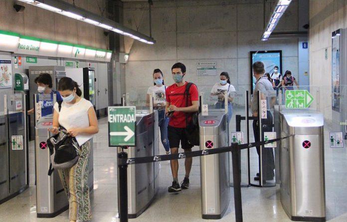 Metro de Sevilla registra en marzo el primer alza de viajeros desde el inicio de la pandemia