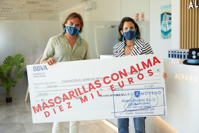 """Álvaro Moreno apadrina una de las habitaciones del Reto """"Tu Casa Azul"""" gracias a la venta de las """"Mascarillas con Alma"""""""