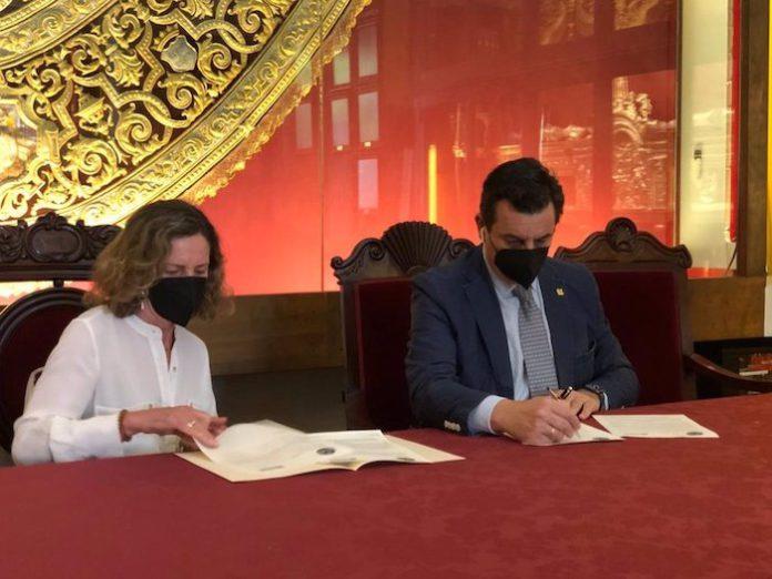 La hermandad de los Estudiantes ayudará a formar a más de 50 voluntarios de Autismo Sevilla