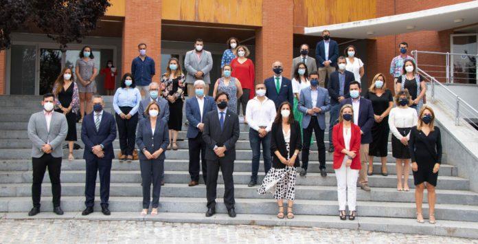 """La Fundación """"la Caixa"""" refuerza su apoyo al Aula Abierta de Mayores de la UPO"""