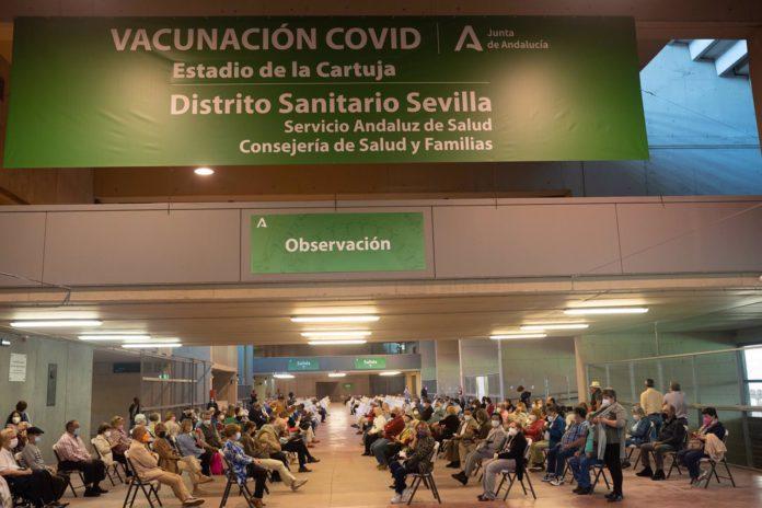 Organizan la vacunación en el estadio de La Cartuja para que sea compatible con la Eurocopa