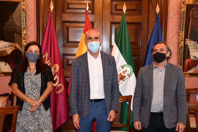 Sevilla y el Colegio de Arquitectos renuevan su alianza para potenciar la arquitectura