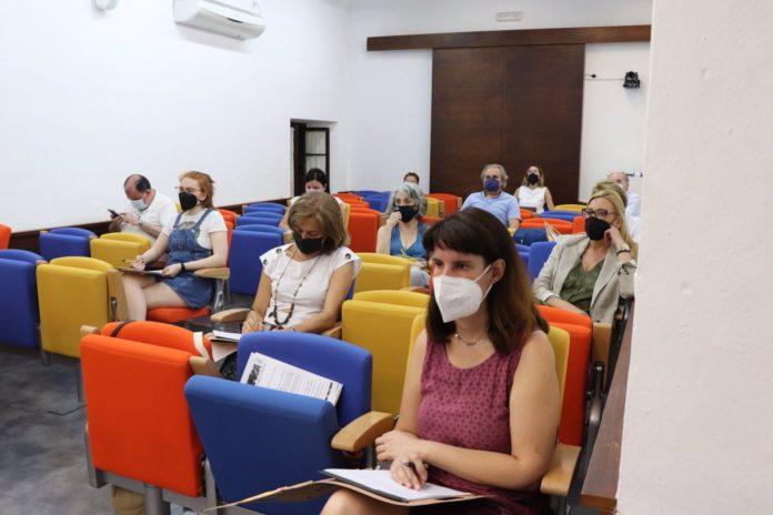 Rocío Blanco y Unai Sordo clausuran este viernes el curso 'Cambios en el mundo del trabajo' en Carmona