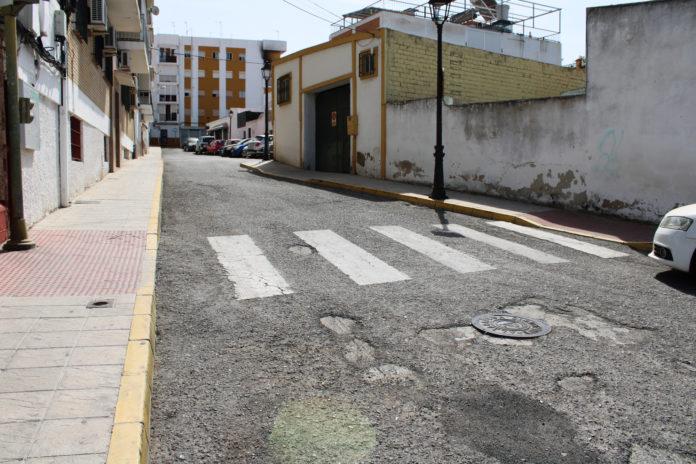 Gines invierte 600.000 euros en reasfaltar medio centenar de calles